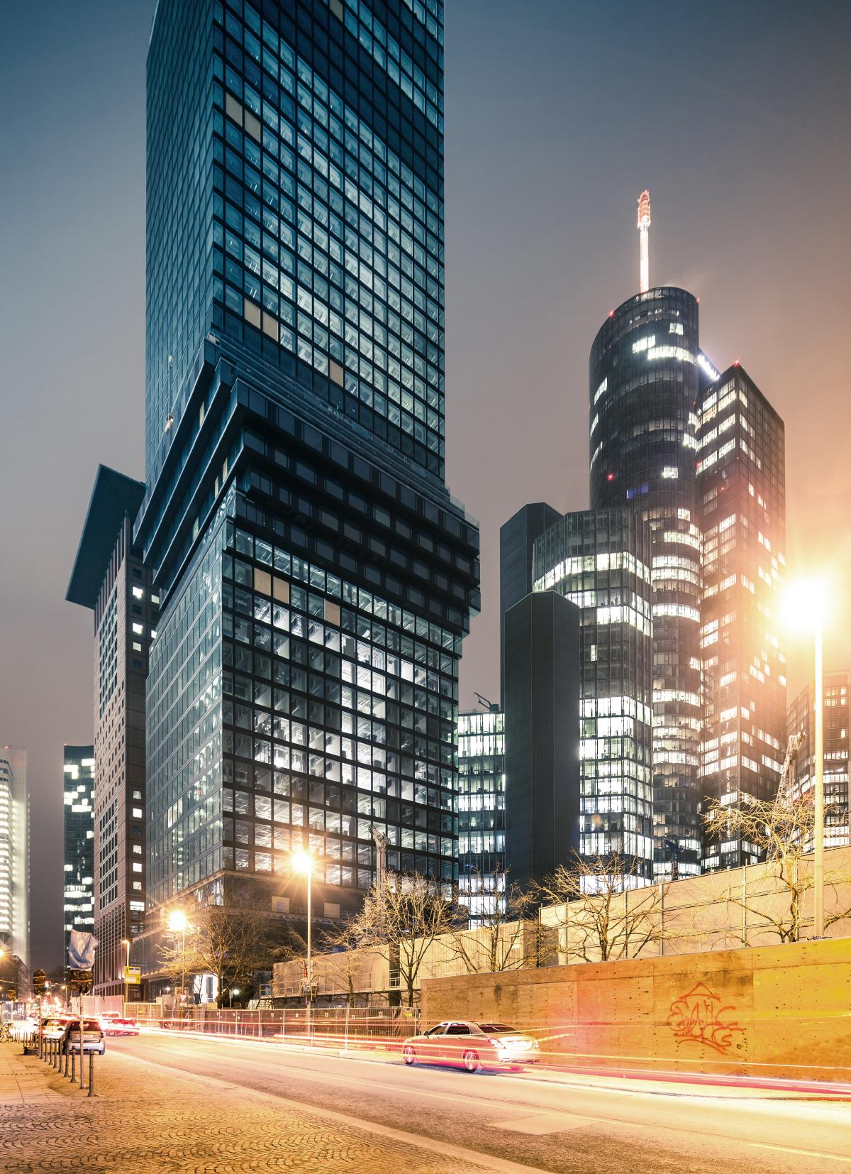 Bild: http://www.telesniuk.com/frankfurt/Frankfurt-382_s.jpg